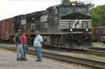 NS 9161 and crew await a meet